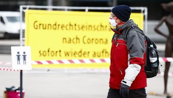 Almanya'da Kovid-19 tedbiri uzatıldı